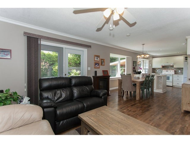 26960 33 AVENUE - Aldergrove Langley House/Single Family for sale, 3 Bedrooms (R2093754) #6