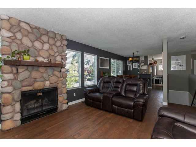 26852 33RD AVENUE - Aldergrove Langley House/Single Family for sale, 4 Bedrooms (R2169655) #9